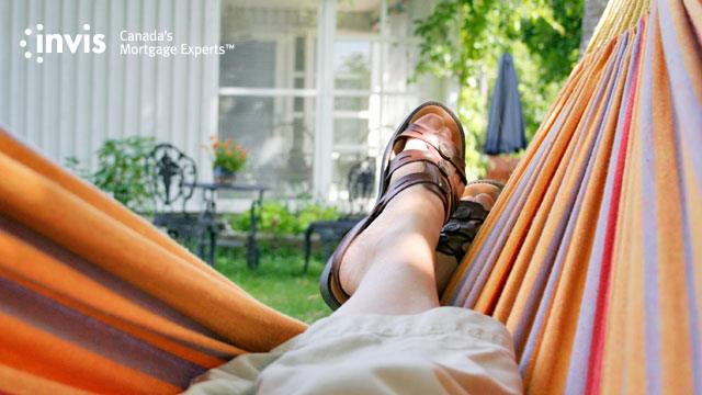 Ten Easy Ways to Stay on Budget this Summer